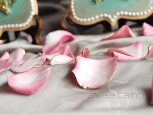 SweetAmbs_Gum_Paste (2)