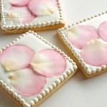 fondant-rose-petals
