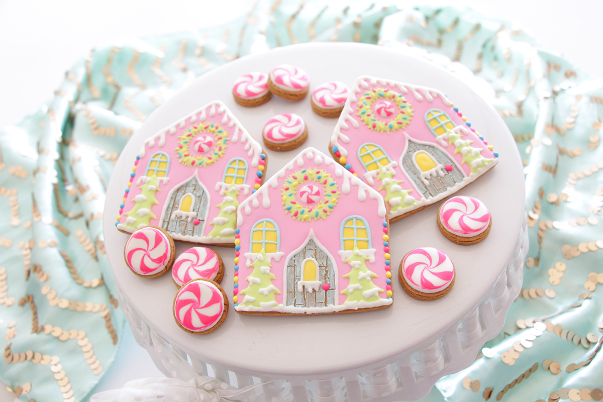 gingerbread-house-resized