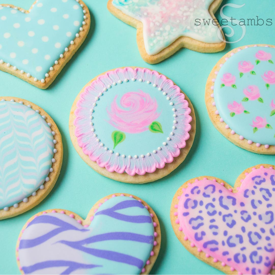 in this beginner class you will learn several different royal icing decorating techniques including making royal icing thinning icing to the correct