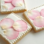 Lesson 14: Fondant Rose Petal Cookies – Video